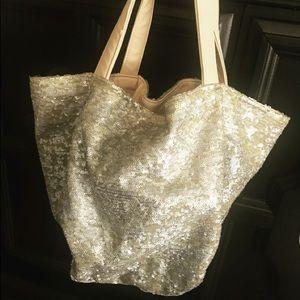 Champaign sequin fashion purse! ADORABLE!! 😍😍
